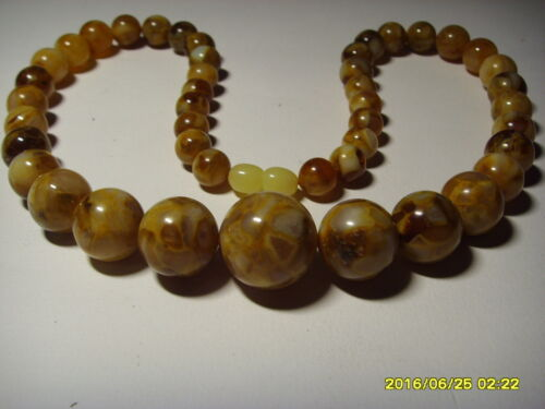 Round Beads pressed Genuine Baltic Amber necklace 38.83gr. B-25