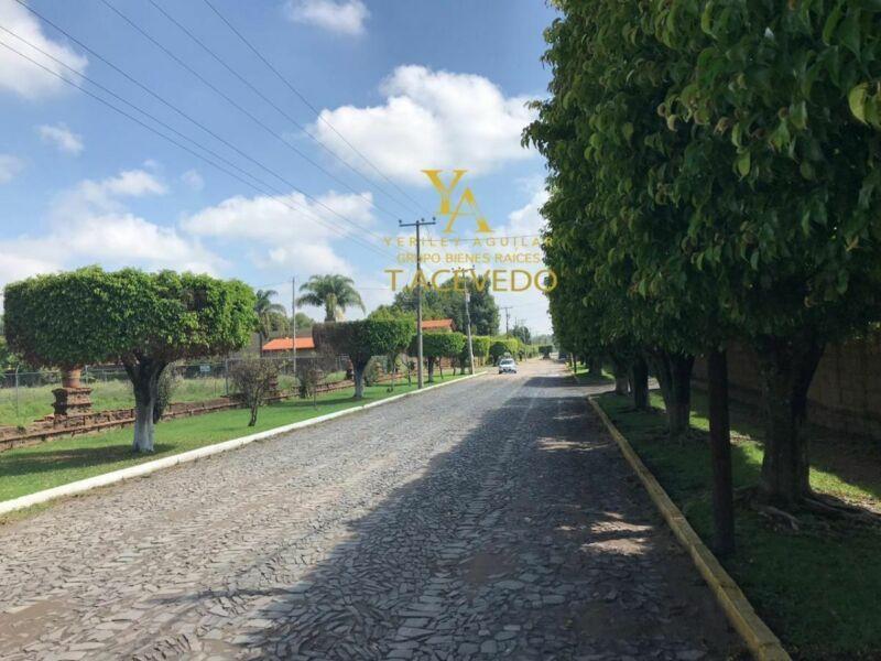 Oportunidad  Terreno urbano cerca del TEC