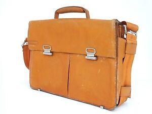 5a0794dee9 Dettagli su Molto grande Piquadro borsa mano colore arancione con tracolla