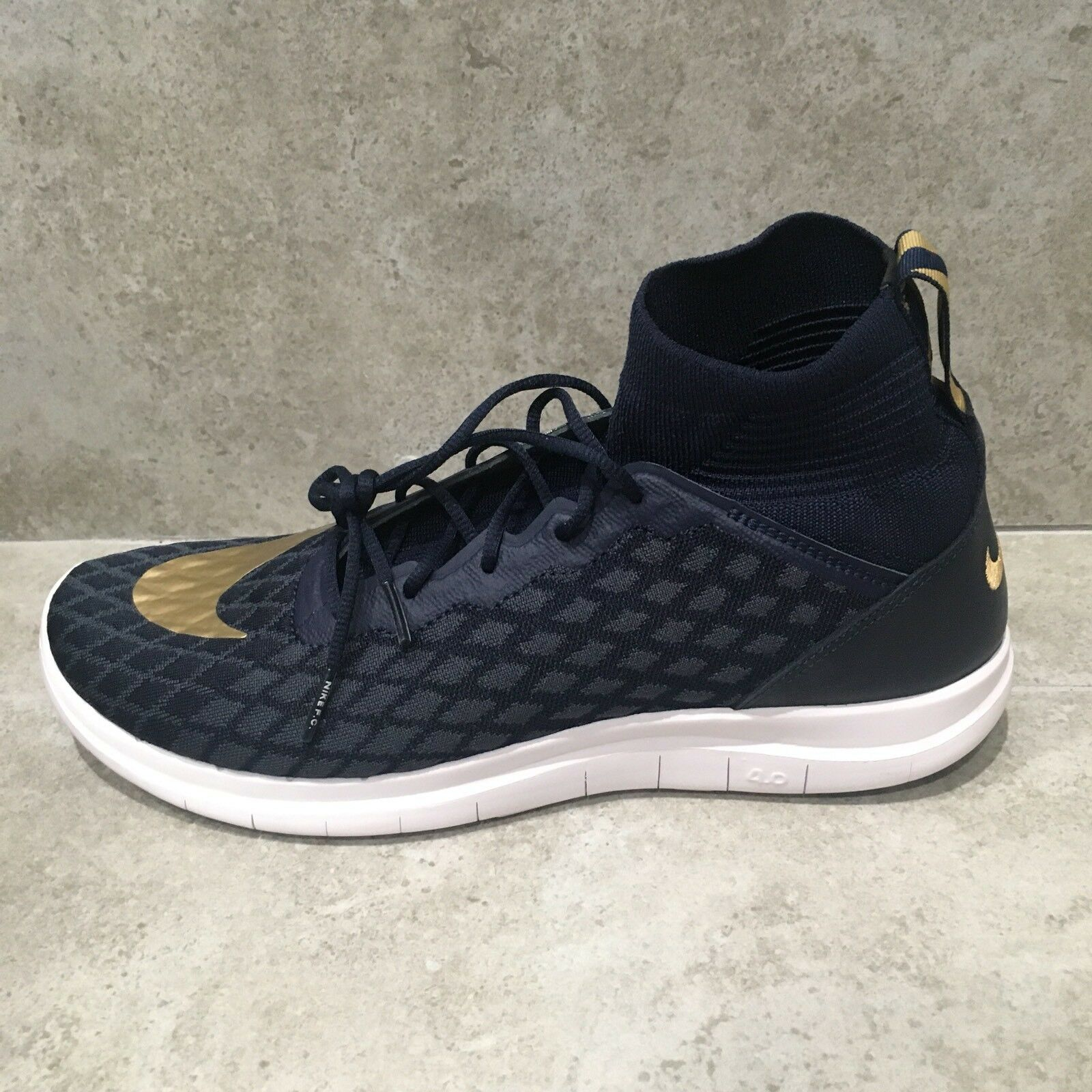 Nike Free Hypervenom 3 FC Flyknit Shoes Navy/Metallic Gold 898029-400 SZ 9.5