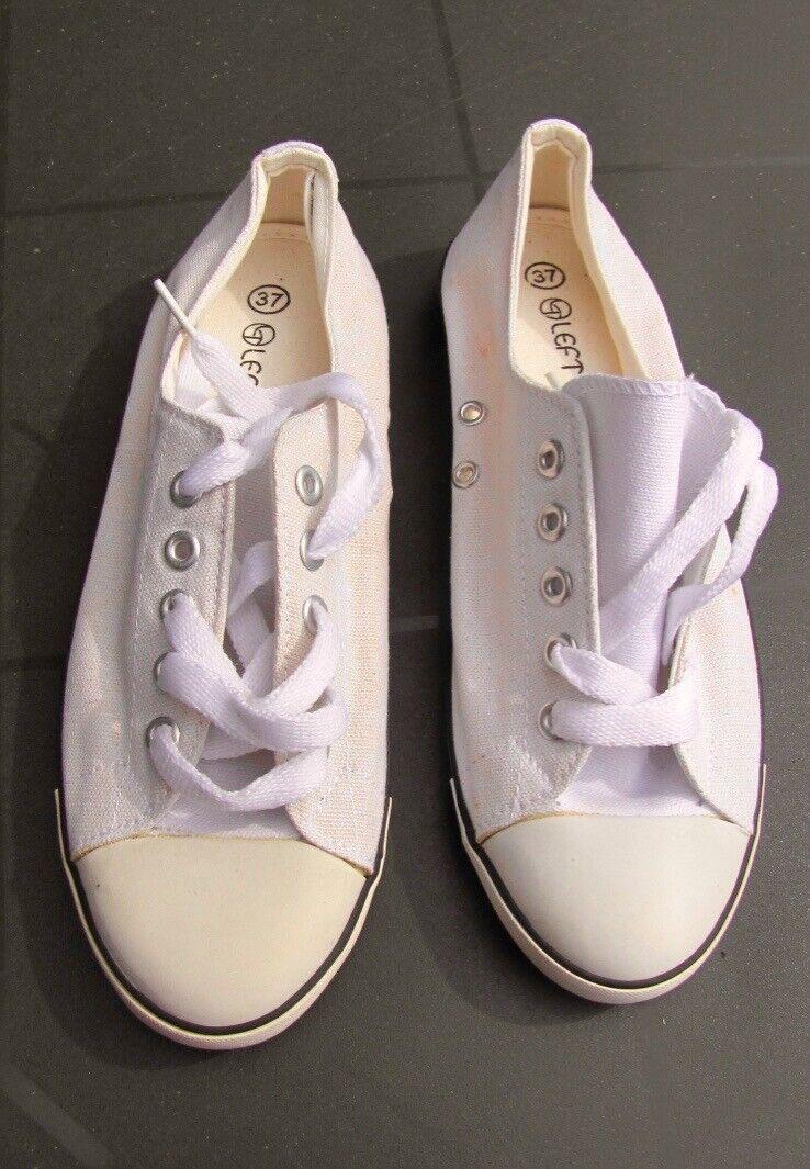* Chaussures toile écrue, tennis, pointure 37, JAMAIS PORTEES