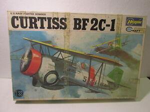 Hasegawa-Minicraft-Eu-Marino-Luchador-Bombardero-Curtiss-Bf-2C-1-1-3-2-a-Escala