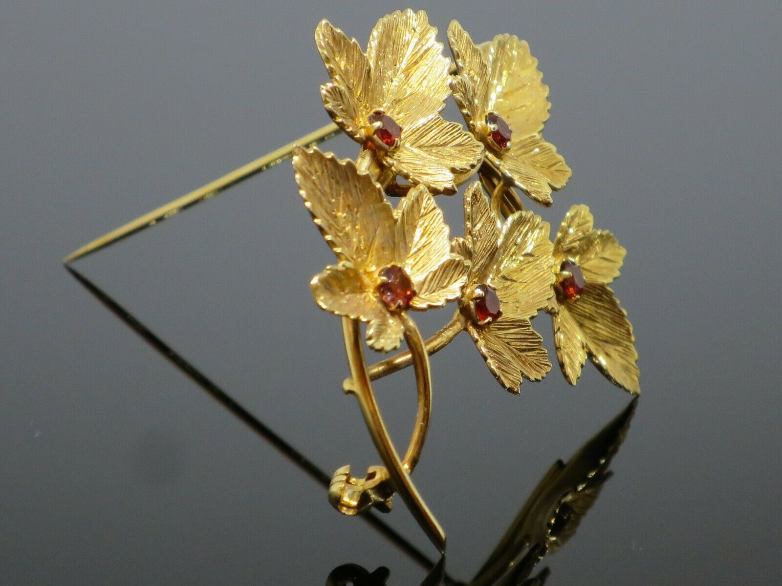 Vintage 0.5CTW Garnet 9K Yellow Gold Brooch Pin, … - image 6
