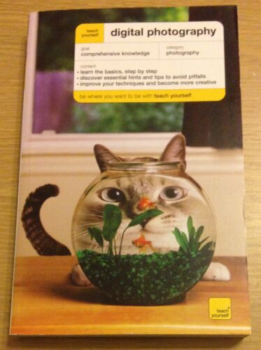 1 of 1 - DIGITAL PHOTOGRAPHY Teach Yourself Book (Paperback) NEW