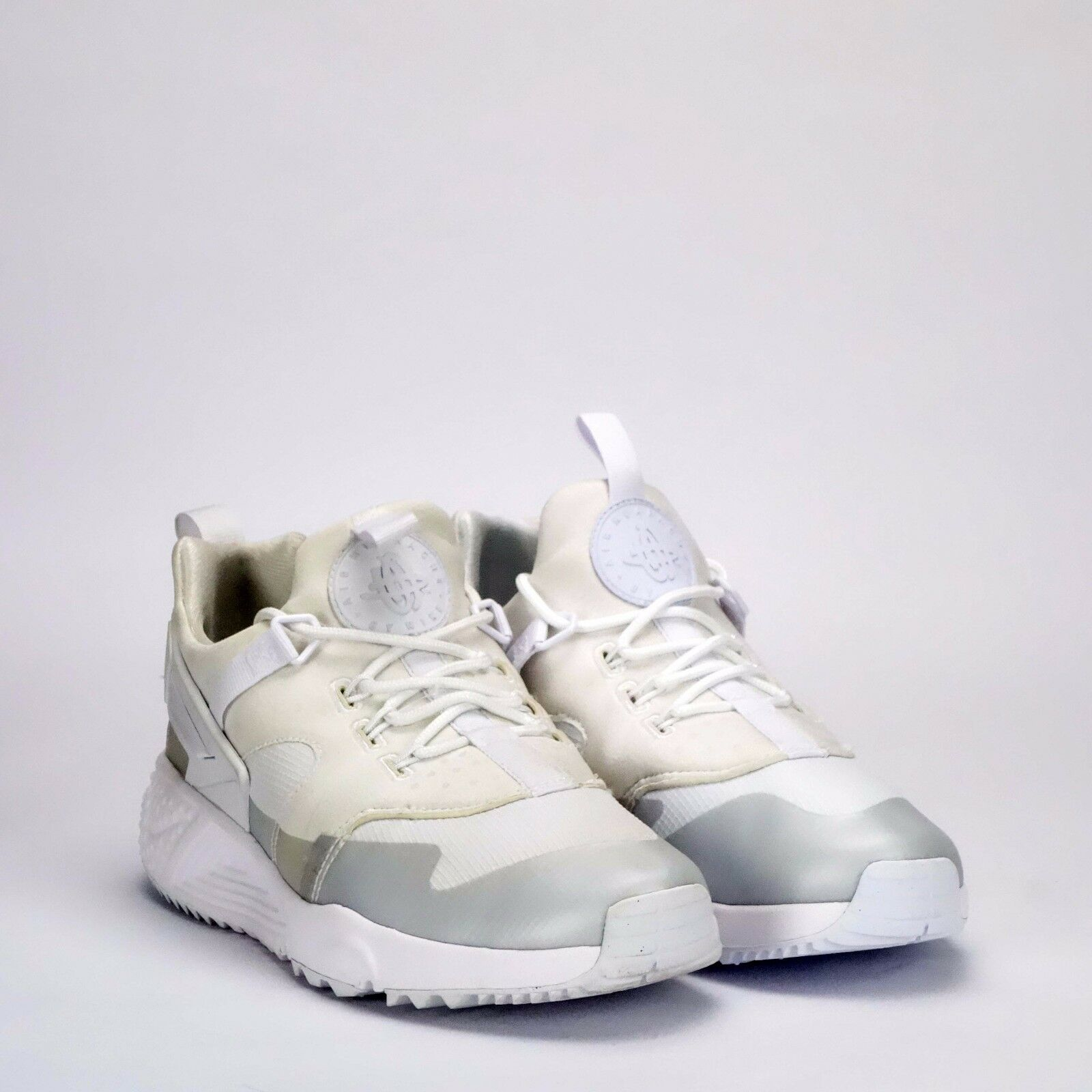 Nike Air Huarache Utility Men's Shoes White *Ex Display