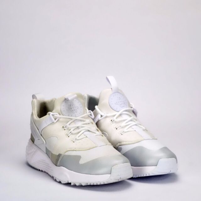 70002152be69 Authentic Nike Air Huarache Utility Trainers White Mens Sizes UK 7 ...