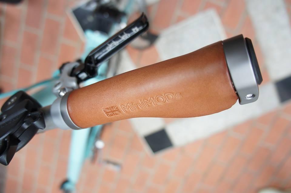 Brompton Italienisches Leder Ergonomisch Griffe für für für GRÖSSE S Typ Lenker  | Ästhetisches Aussehen  7d0261