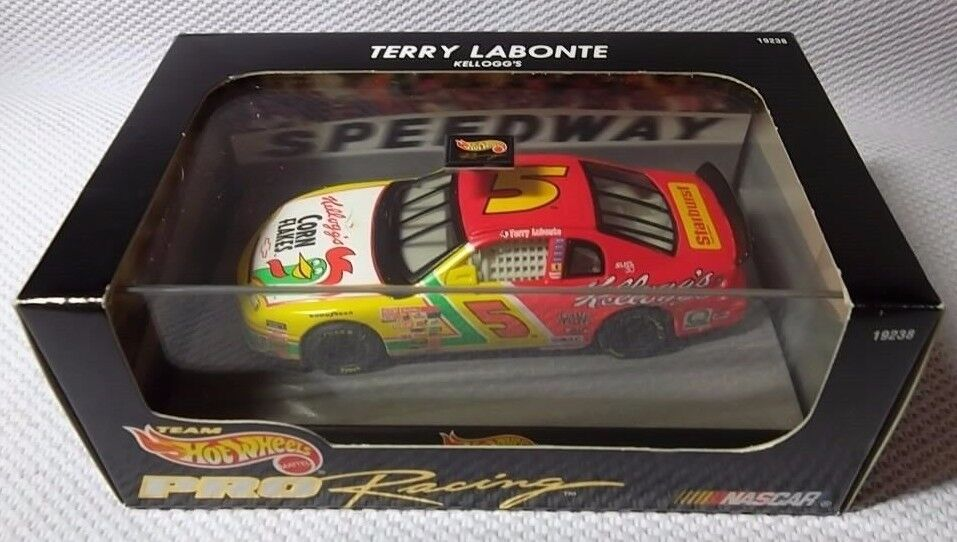 TERRY LABONTE Kellogg's NASCAR Car (1 43)  1997 Hot Wheels  PRO Racing