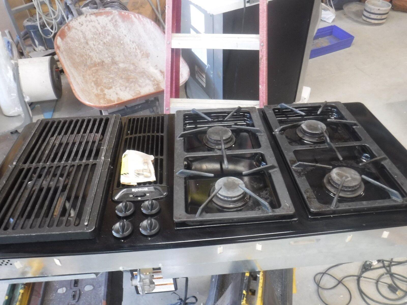 Jenn Air Downdraft Gas Cooktop 45 6 Burners Black Jgd8345adb For Sale Online Ebay