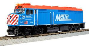 KATO-376573-HO-EMD-F40PH-CHICAGO-METRA-163-City-of-Elmhurst-37-6573-NEW