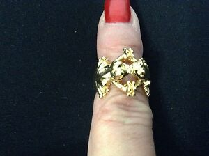 24 Karat Gold Plated KISSING FROGS STYLE SIZE 7 RING GERMAN DESIGN- NEW