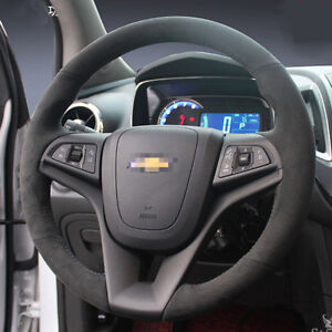 For-Chevrolet-Holden-Trax-Hand-stitched-Steering-Wheel-Cover-Black-Leather