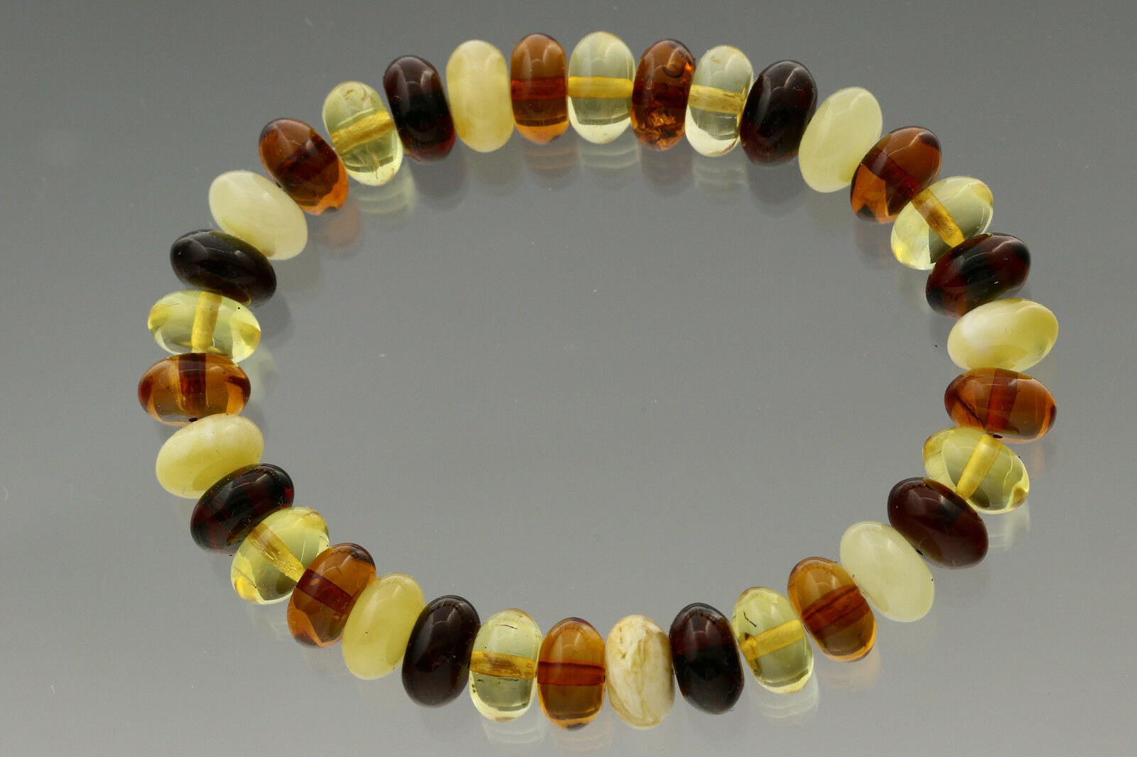 Button Shape Beads Genuine Baltic Amber Stretch Bracelet 10.6g b170607-10