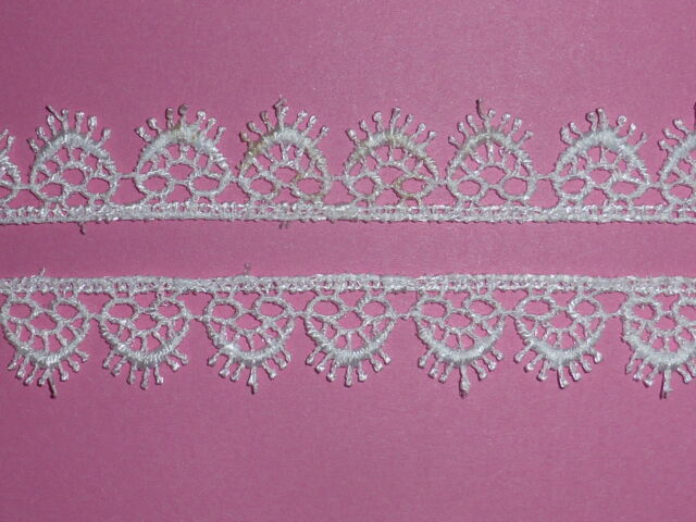 *Pretty White Dainty Hearts Venise Guipure Lace Trim 1.5cm Wedding Cards Baby