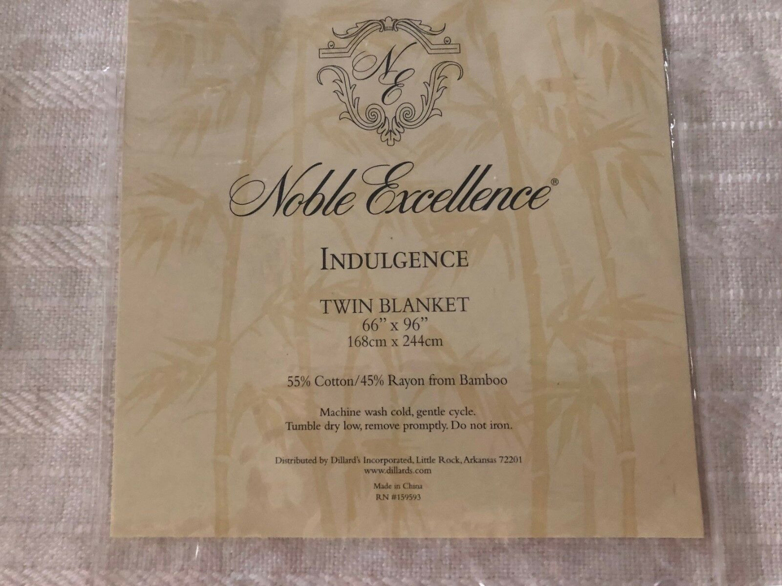 Noble Excellence Twin Size Blanket NIP lot of 2