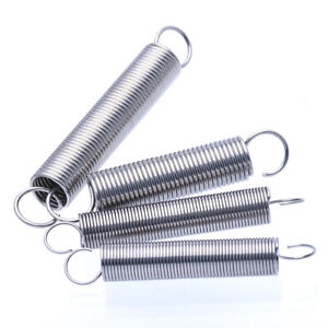 0.4x4x300mm 2Pcs Extended Compressed Springs Springs Steel Small Dual Hook Tension Spring