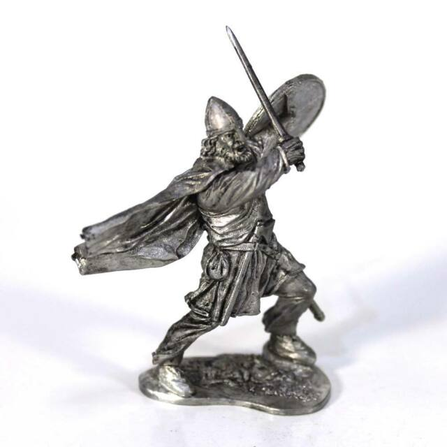 "Tin toy soldier ""Viking, 11th cent."" metal sculpture 1/32 (54mm) #M72"