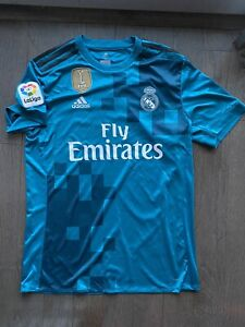 Real-Madrid-Adidas-Goalkeeper-Jersey-With-2017-Patch