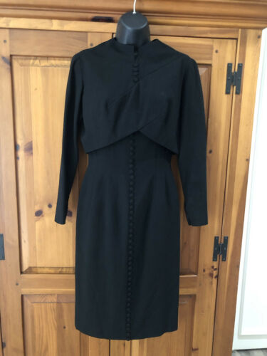 Travilla vintage 60s/70s black wool crepe dress s… - image 1