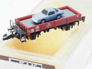 Marklin-Z-scale-SHORT-AXLE-FLAT-CAR-WITH-PORCHE