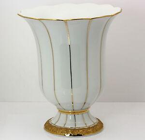 Meissener-Porzellan-Blumen-Vase-Koenigliches-Neu-Meissen-weiss-Gold-Dekor-17-cm