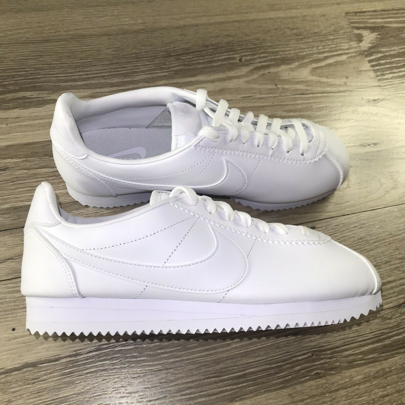 nike classic cortez leather women's shoe
