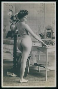 French-nude-woman-Big-butt-round-ass-original-early-c1900s-photo-postcard