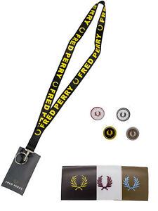 Fred-Perry-Geschenkset-Set-Schluesselband-Buttons-Pins-Sticker-Schwarz-7274
