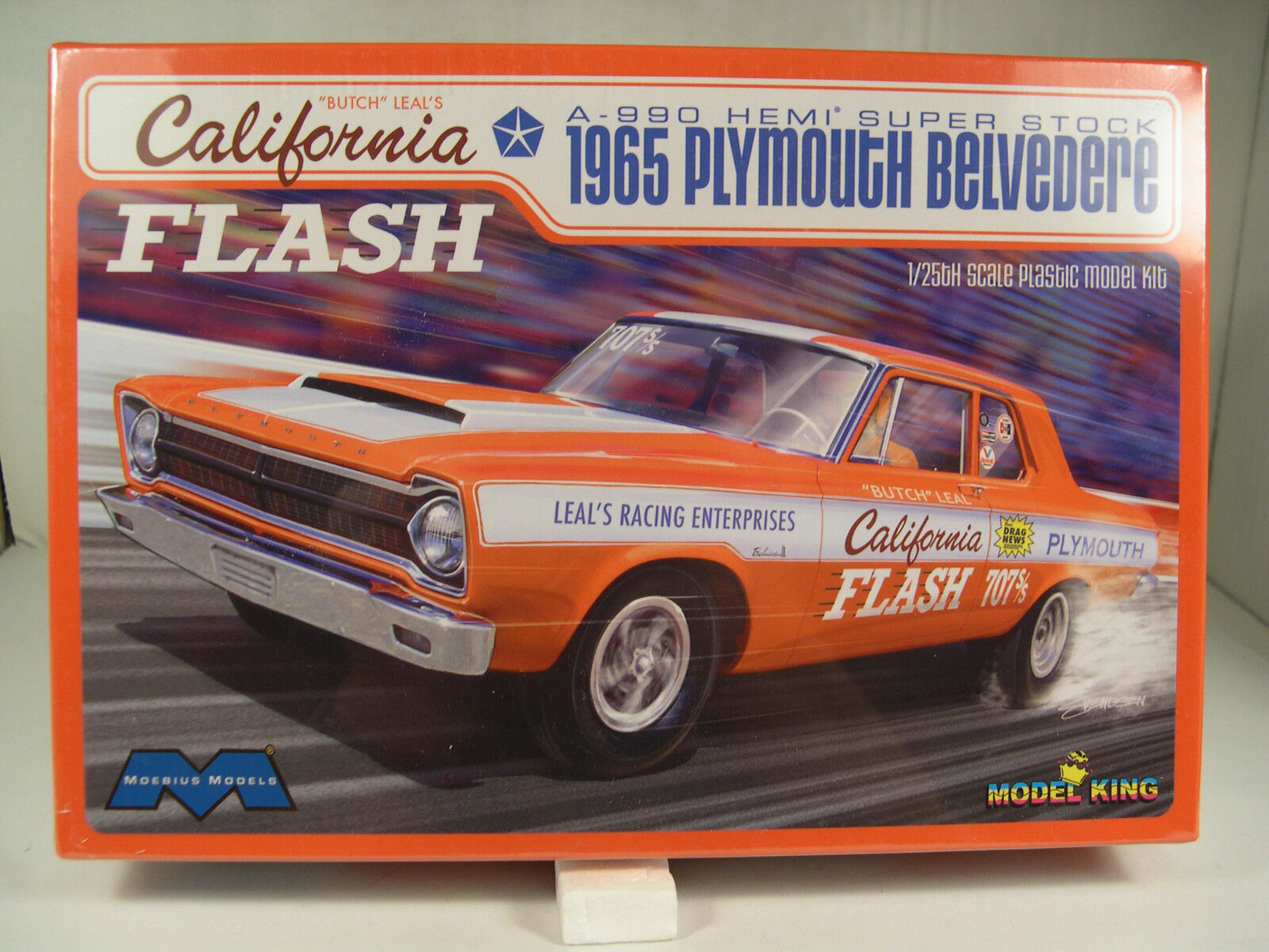 BUTCH LEAL CALIFORNIA FLASH 1965 PLYMOUTH SS MODEL KING 1 1 1 25 SCALE PLASTIC KIT 6a8188