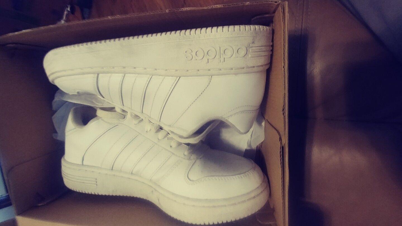 ADIDAS NEO TEAM COURT Sneakers Femmes Blanc AW4508 Taille 9 avec la boîte
