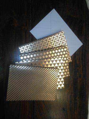 24 edle Metallic-Doppelkarten A6 mit Goldprägung 4 versch.Muster