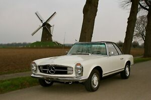 Mercedes-230-SL-Pagode-W113
