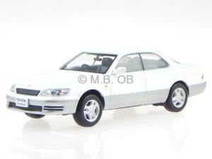 Toyota-Windom-XV10-Lexus-ES-300-1991-white-diecast-modelcar-F43-052-F43-1-43