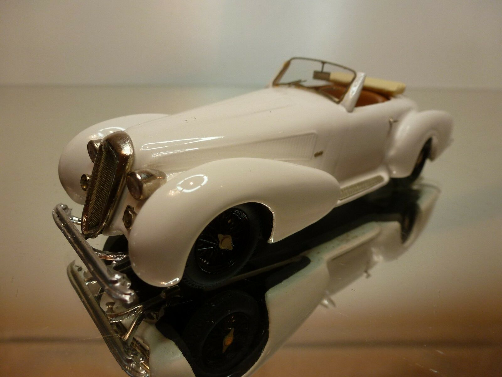 Alfa romeo 8c 2900 b fb - modelle - farila 1937 - weiße 1 43 ausgezeichnet.