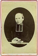 PHOTO CABINET Chanal au Puy un abbé pose religieux prêtre vers 1880