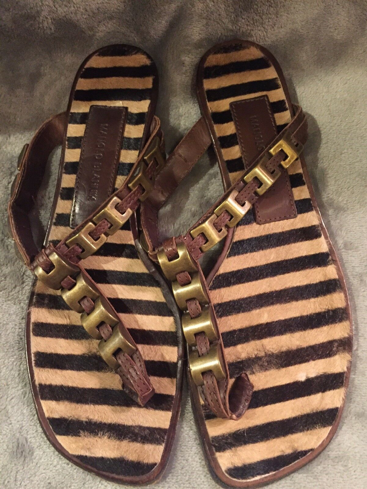 Manolo Blahnik Animal Fur Striped Samdals With gold Accents Size 8 1 2