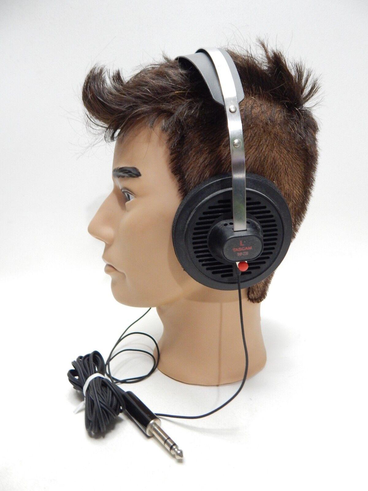 THP-220 Tascam Deluxe Open Air Recording Stereo Headphones VHTF  1 4  Phone Plug