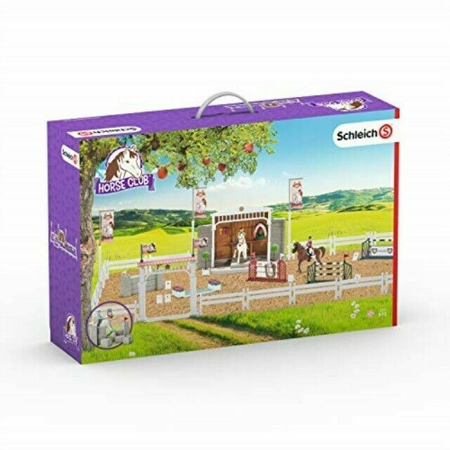 Schleich North America Big Horse Show with Riders /& Horses Playset 42338