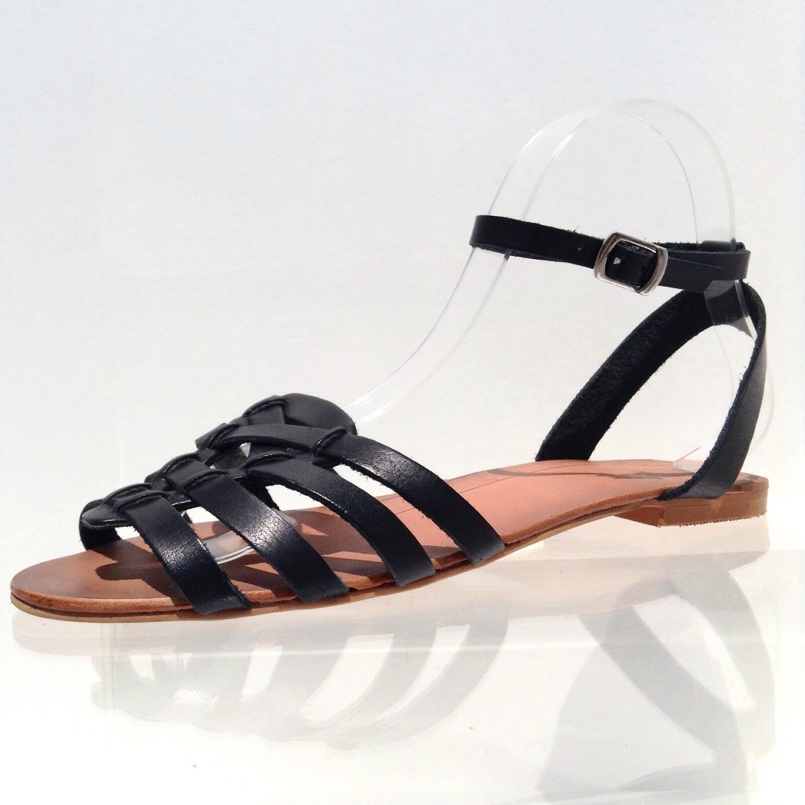 Women's Sole Round Society Rissy Black Leather Round Sole Toe Strappy Flats Size 7 M NEW 5abcab