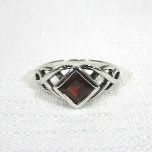 1.37 ct Natural Garnet Solid Sterling Silver Celtic Knot Solitaire Ring