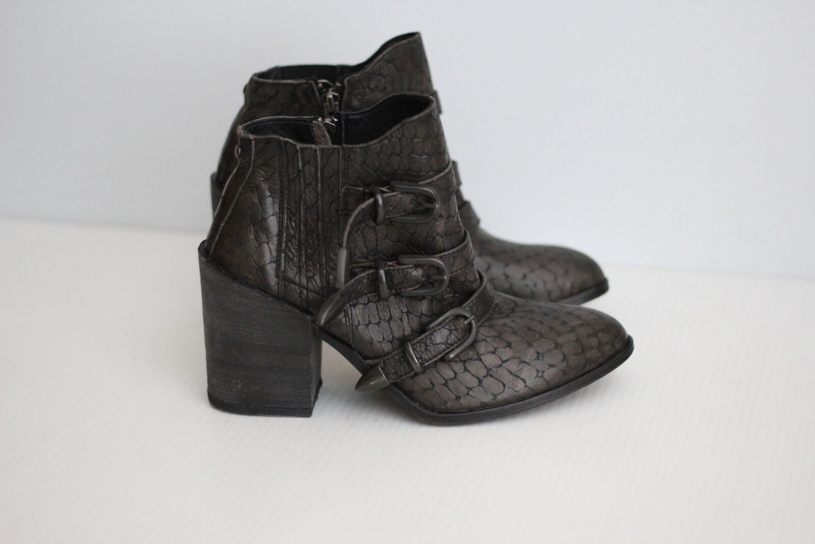 NEW Baske California 'Roscoe' Buckle Strap Bootie - Brown Textured - 8.5US (D13)