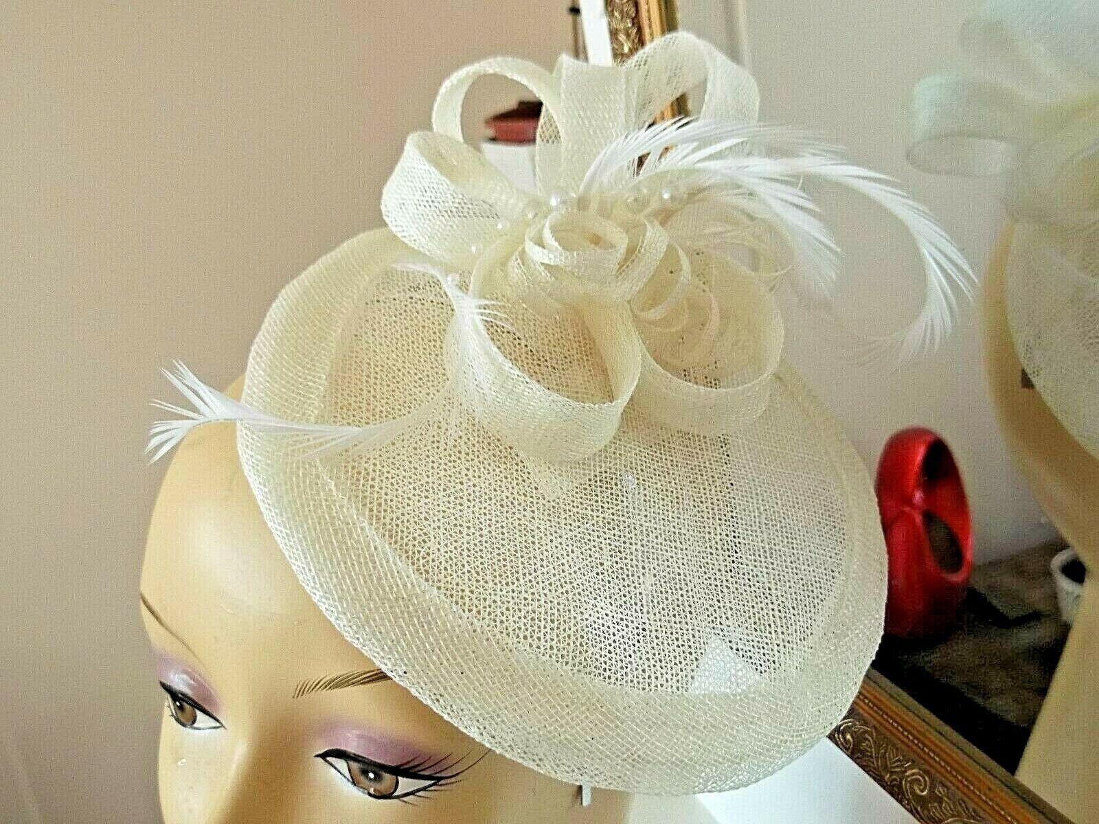 Fascinator in cream - Ascot races, Wedding, Prom, Church 6 inches