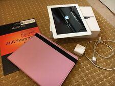 Apple iPad 3rd Generation 16GB, Wi-Fi - White (MD328LL/A) bundled items