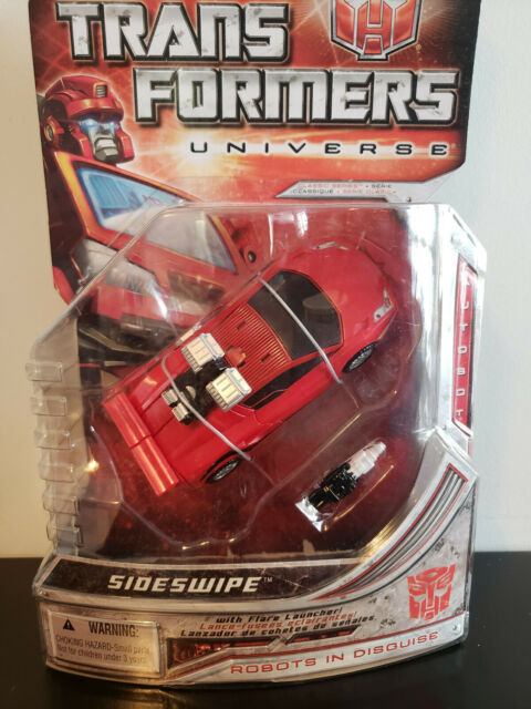 Transformers Universe Sideswipe figure by Hasbro