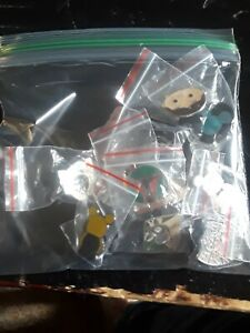 Disney-Pin-Trading-10-Assorted-Pin-Lot-Brand-NEW-Pins-No-Doubles-Tradable