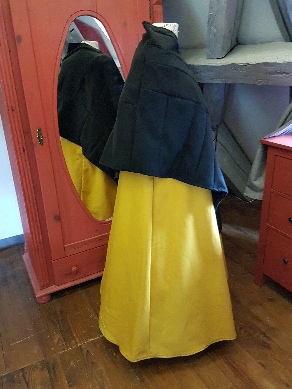 Mittelalter Kleid mit Poncho Überwurf Gewand Gr.50 Gr.50 Gr.50 52 54 Fantasy LARP 2-teilig  | Gewinnen Sie hoch geschätzt  | Exquisite Handwerkskunst  | Spielen Sie Leidenschaft, spielen Sie die Ernte, spielen Sie die Welt  | Shop Düsseldorf  | Kaufen  858e24