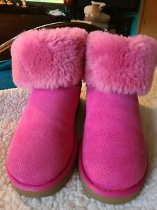 10-Uggs-Pink-Suede-Perforated-Leather-Shearling-Sheepskin-Boots