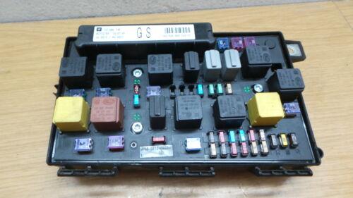 Sicherungskasten Steuergerät Opel Astra H 13206746  5DK008668-52  13 206 746