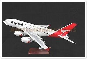 QANTAS-LARGE-PLANE-MODEL-A380-ON-STAND-APX-47cm-SOLID-RESIN