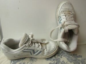 womens vans all leather white / blue tennis / athletic